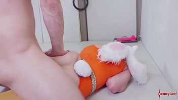 Submissive blonde bunny girls gets her asshole punished