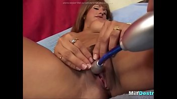 latina housewife enjoys guy rod