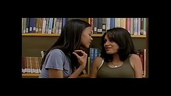 mila kunis and natalie portman mind-blowing episodes -.