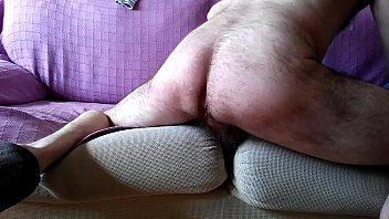 follandome el couch