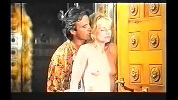 L'_amore E La Bestia aka La Perverse Chatelaine - 1985(1)