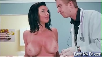 (Veronica Avluv) Hot Patient Come To Doctor And Get Nailed Hardcore movie-29