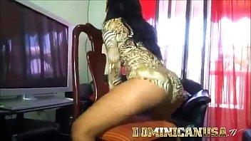 dominicana culona baila dembow