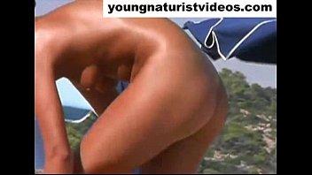 nude girl on beach (4)
