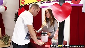 Brazzers - Mommy Got Boobs - Mommy Mans the Kissing Booth scene starring Kianna Dior and Danny Mount