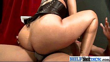 Hardcore Sex Between Huge Black Cock Stud And Sexy Milf (kiara mia) movie-16