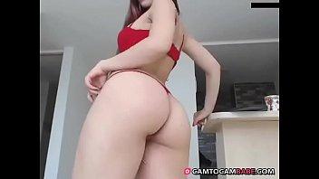 White big booty show on adult webcam xxx