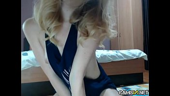 Hot Amateur Blonde Teen Dildos Her Tight Hairy Pussy During Live Web Cam Show pt 19 - cams69.net